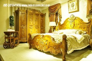 Tempat Tidur Royal Set IM119