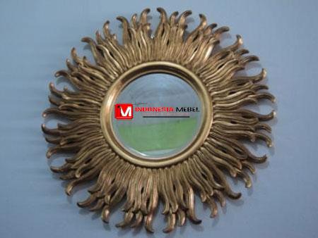 pigura-cermin-emas-im235