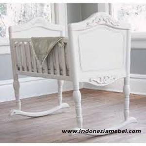 Tempat Tidur Bayi Goyang IM171