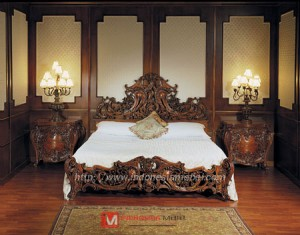 Carved Bed Room Set