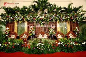 Dekorasi Penikahan Gebyok Jawa