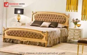 Tempat Tidur Classsic